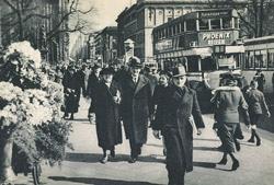 Berlin Leipziger Platz Passanten